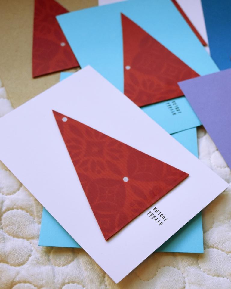 Joulukortit kierrätysmateriaaleista