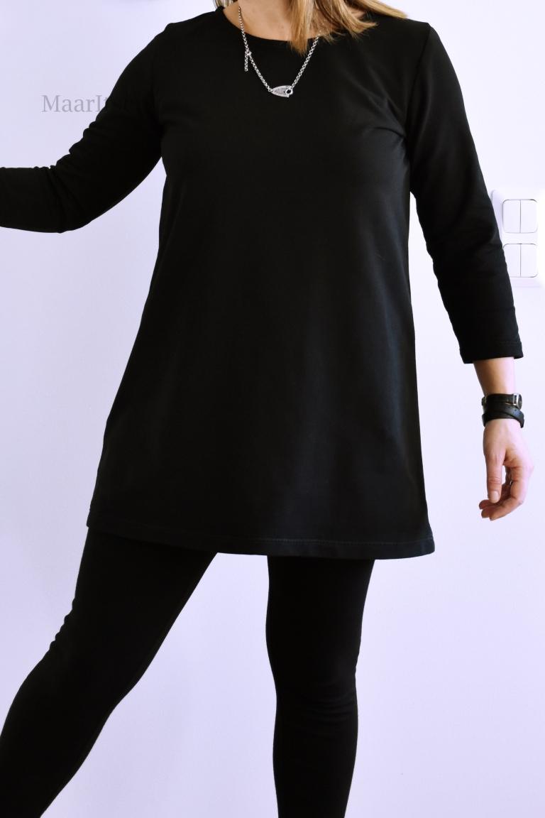 Musta Peura-tunika Suuri Käsityölehdestä (9/18).